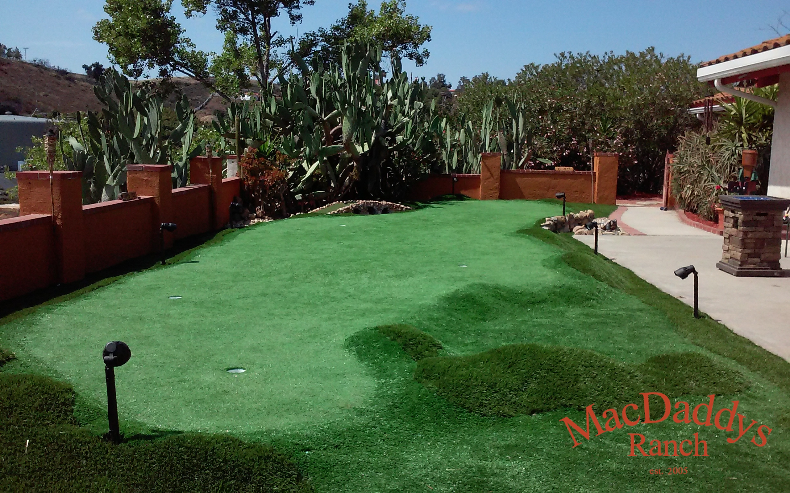 MacDaddys Ranch Putting Green 2